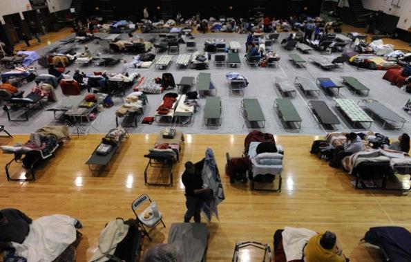 ice-shelter-1-012809w